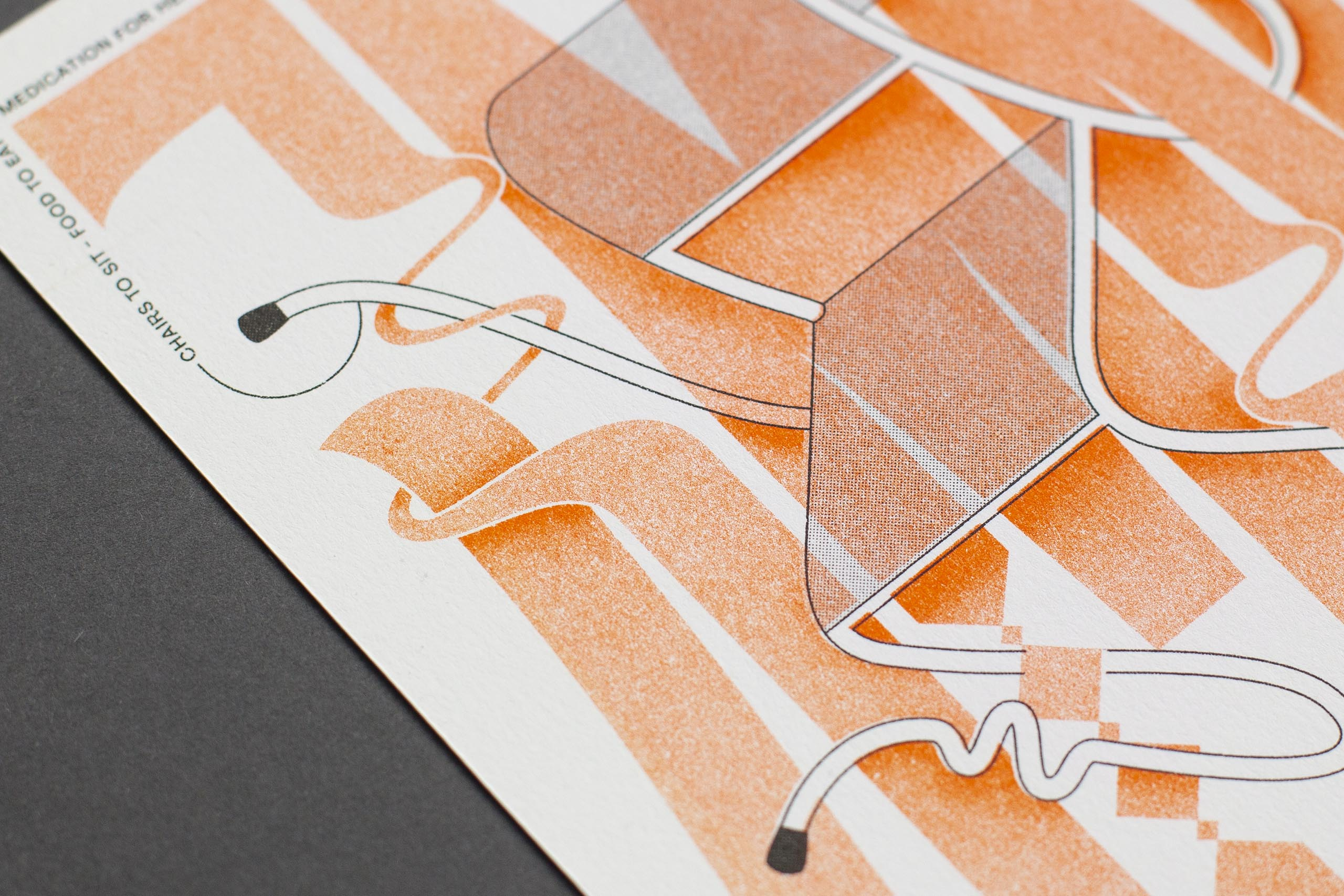 Riso Print orange white detail stuhl